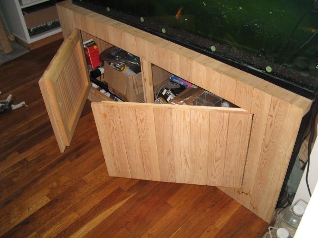Stand doors & 100 Gallon Fish Tank